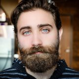 髭が濃くなる原因とは?髭を薄くする5つの対策