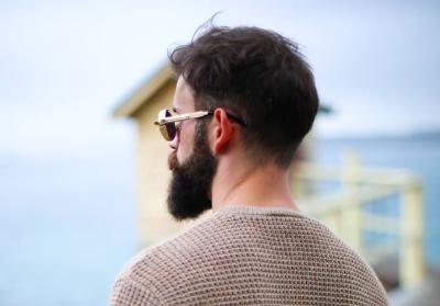髭を薄くするのは脱毛クリニックやサロンが一番早い