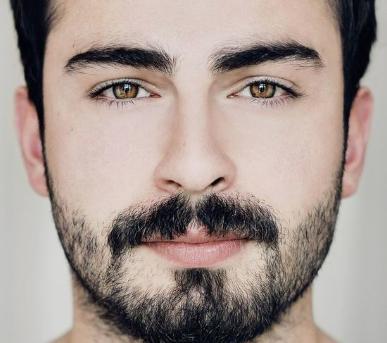 眉毛のバランスで顔の印象を変えられる