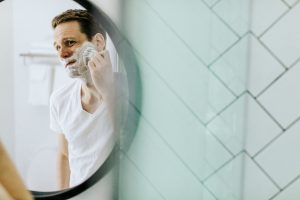 髭剃りの方法を考え直す
