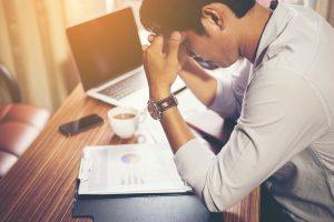 ストレスを抱えている男性は青髭になりやすい