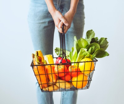 ③肉を控え、野菜中心の食生活にする