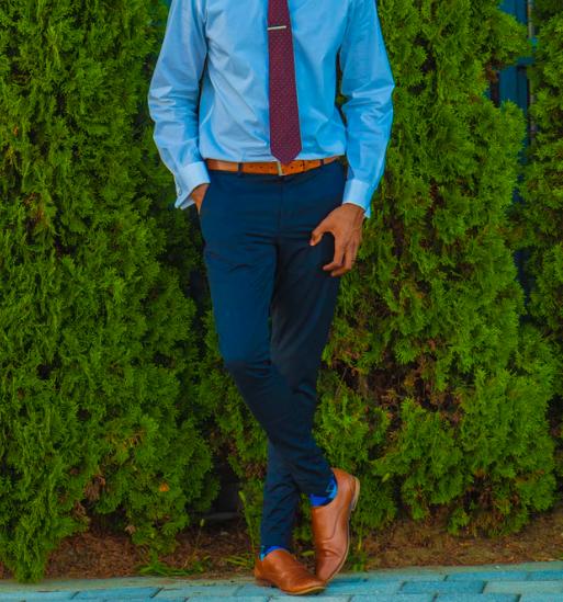 ネクタイの色と合わせる