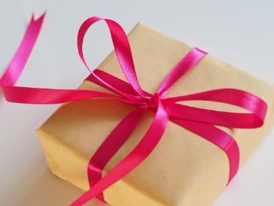 クリスマスプレゼントの選び方 予算の相場を考える