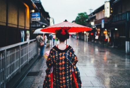 安心できる日本のコスメブランドを選ぶ