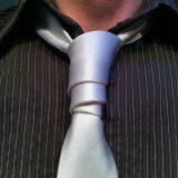 【ネクタイの結び方】簡単からおしゃれまで12選!シャツの合わせ方も伝授