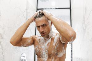 優しく洗う