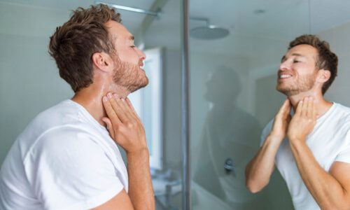 大人男性向け|首ニキビの治し方・原因を徹底解説