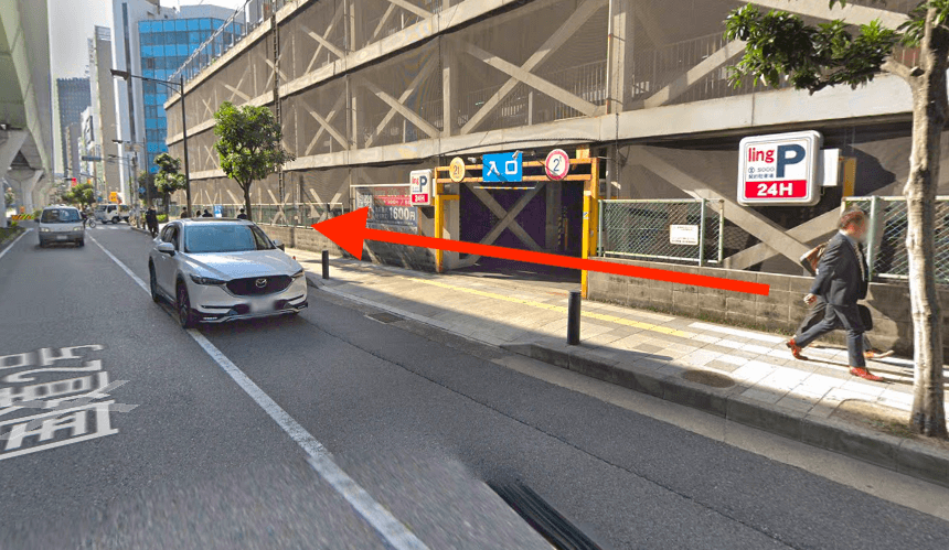 阪神電鉄神戸三宮駅A24出口から最短ルートで行く方法 道順1